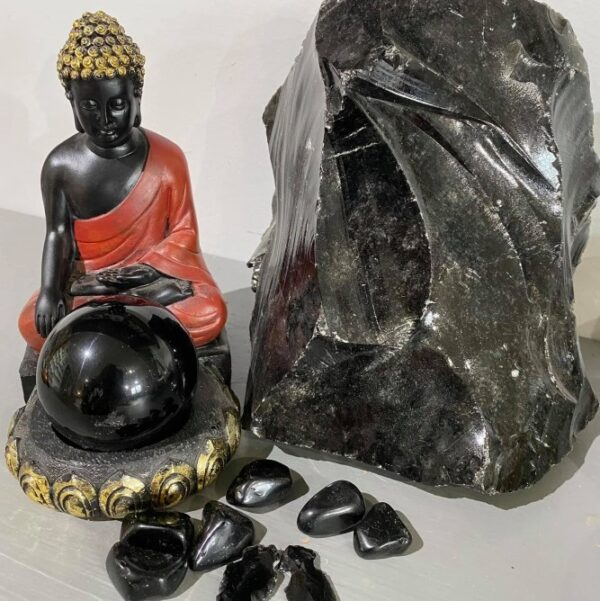 Obsidian: Black Cover